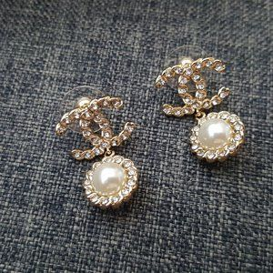 Chanel CC Pearl Drop Crystals Earrings